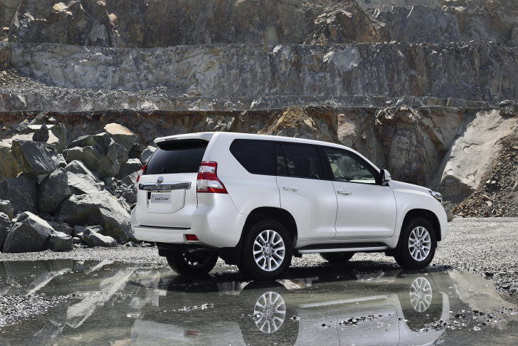 Toyota Land Cruiser (2009 - 2017)