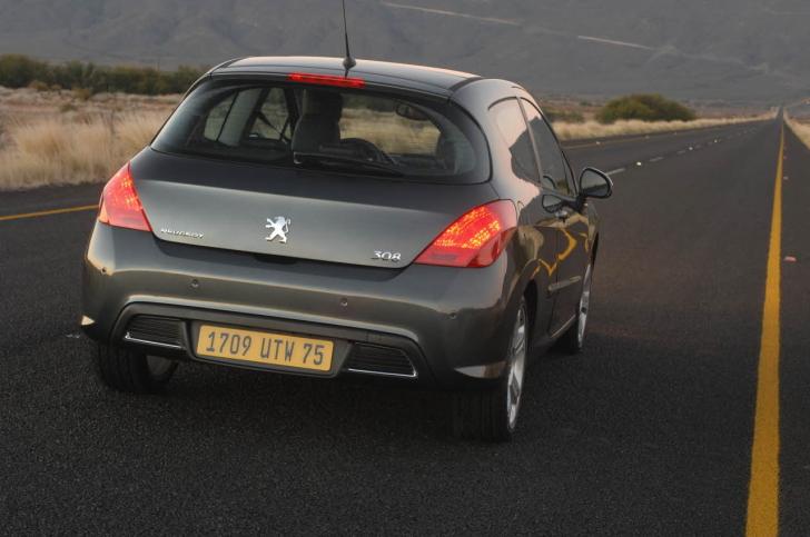 Autozine - Nieuws: Bioflex en A-label voor Peugeot 308