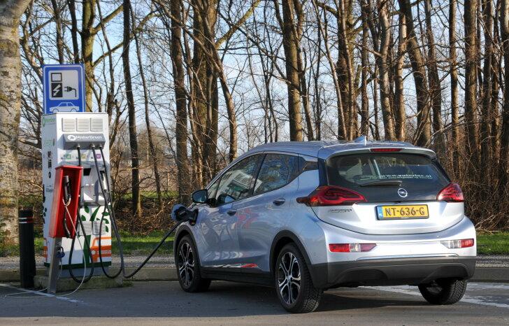 Opel Ampera-e / Mister Green