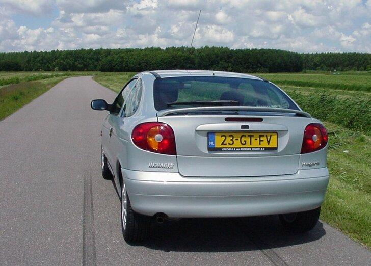 Inne rodzaje Autozine - Rij-impressie: Renault Megane Coupe (1996 - 2003) BZ46
