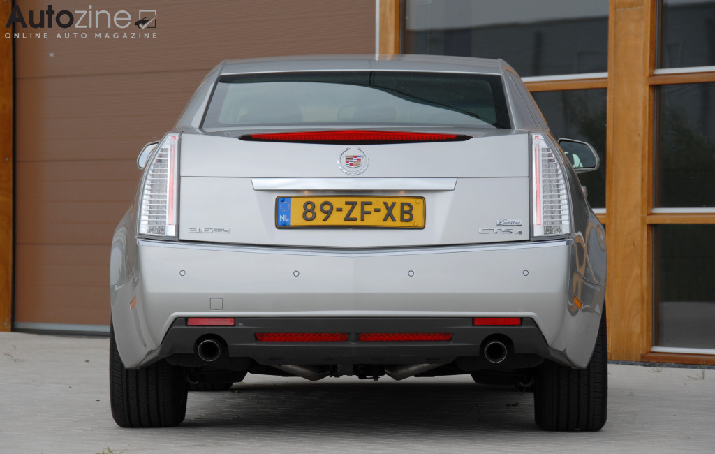Cadillac CTS Recht achter