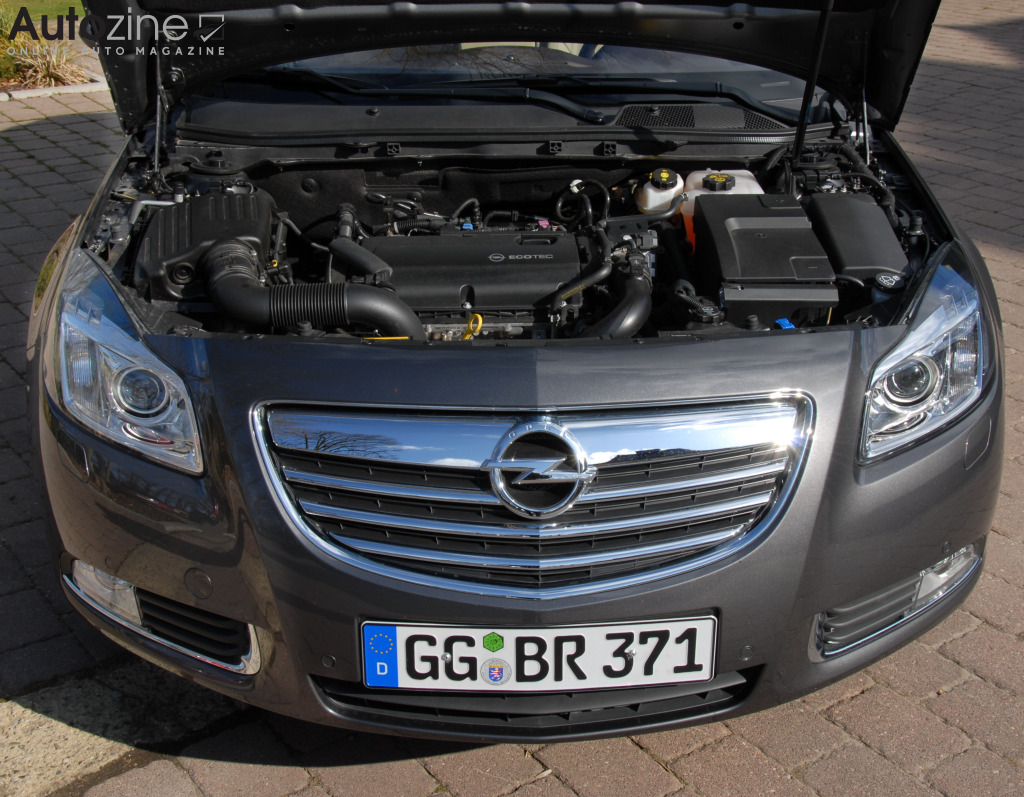 Opel Insignia Sports Tourer Motor
