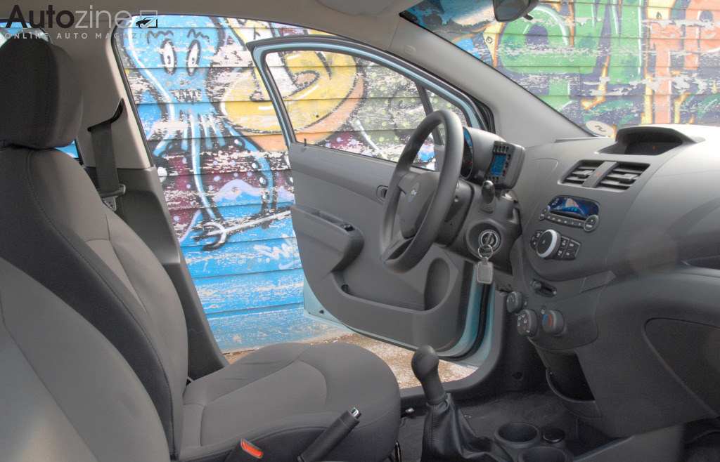 chevrolet spark slideshow chevrolet spark interieur doorkijk