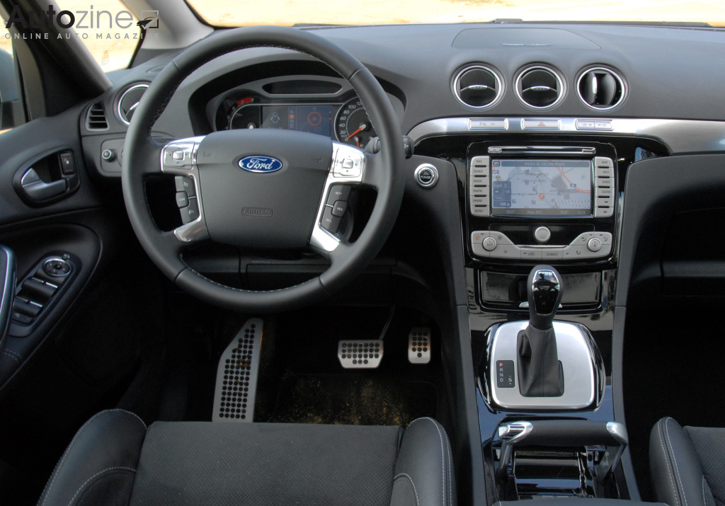 Autozine foto 39 s ford s max 2006 2015 8 9 for Ford s max photos interieur