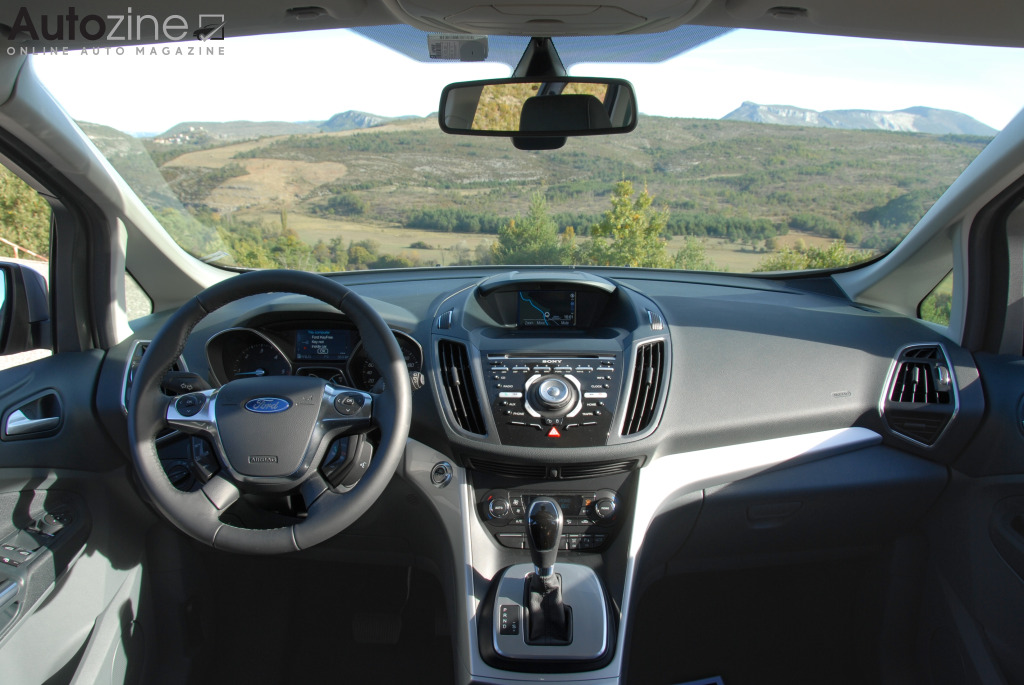 Autozine foto 39 s ford grand c max 7 9 for Interieur ford c max