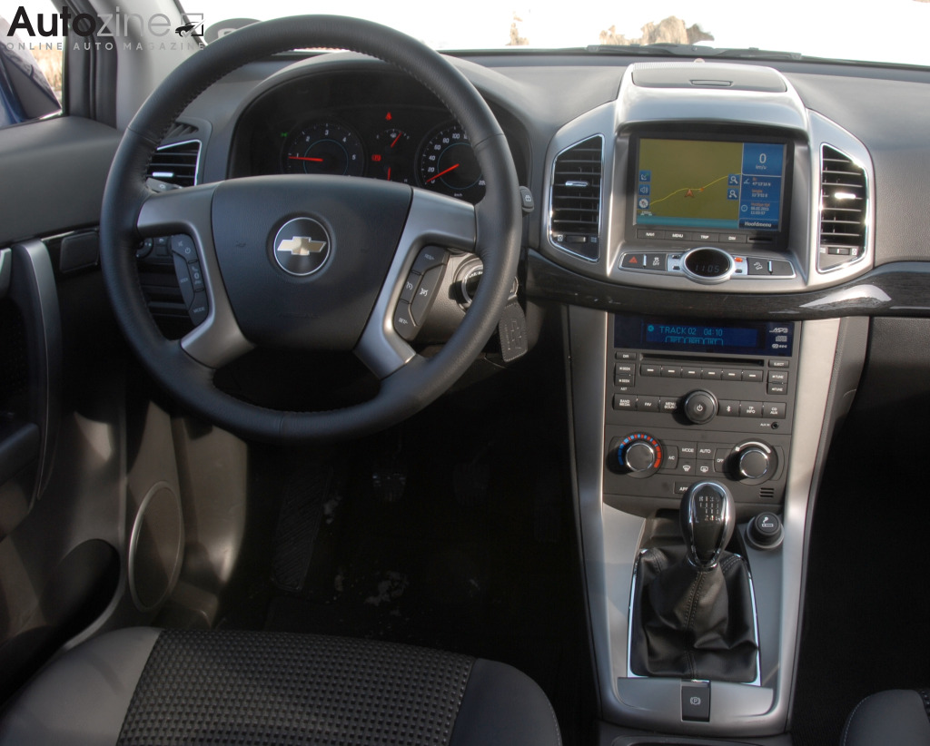 chevrolet captiva interieur
