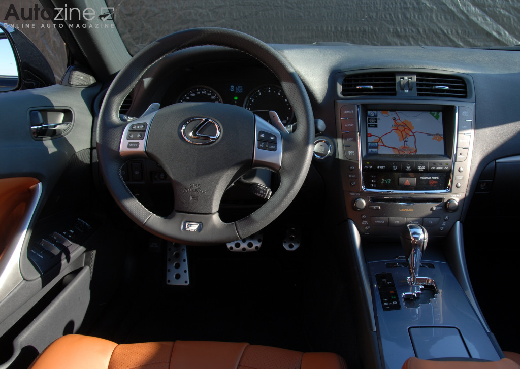 Lexus IS (2005 - 2013) Interieur