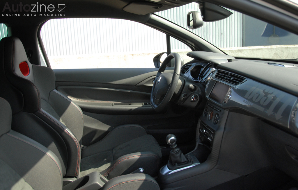 Citroen DS3 Racing Interieur doorkijk