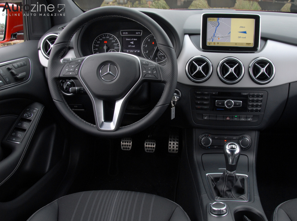 autozine foto 39 s mercedes benz b klasse 10 11. Black Bedroom Furniture Sets. Home Design Ideas