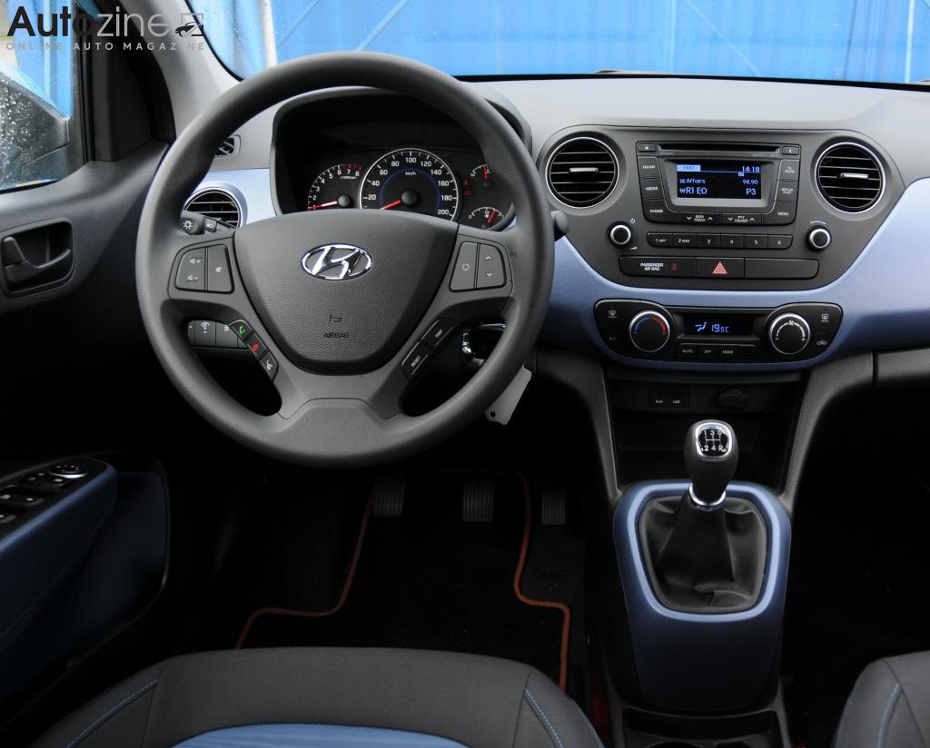 Autozine - Foto's: Hyundai i10 (8 / 9)