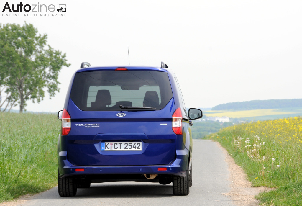 Ford Tourneo Courier Recht achter