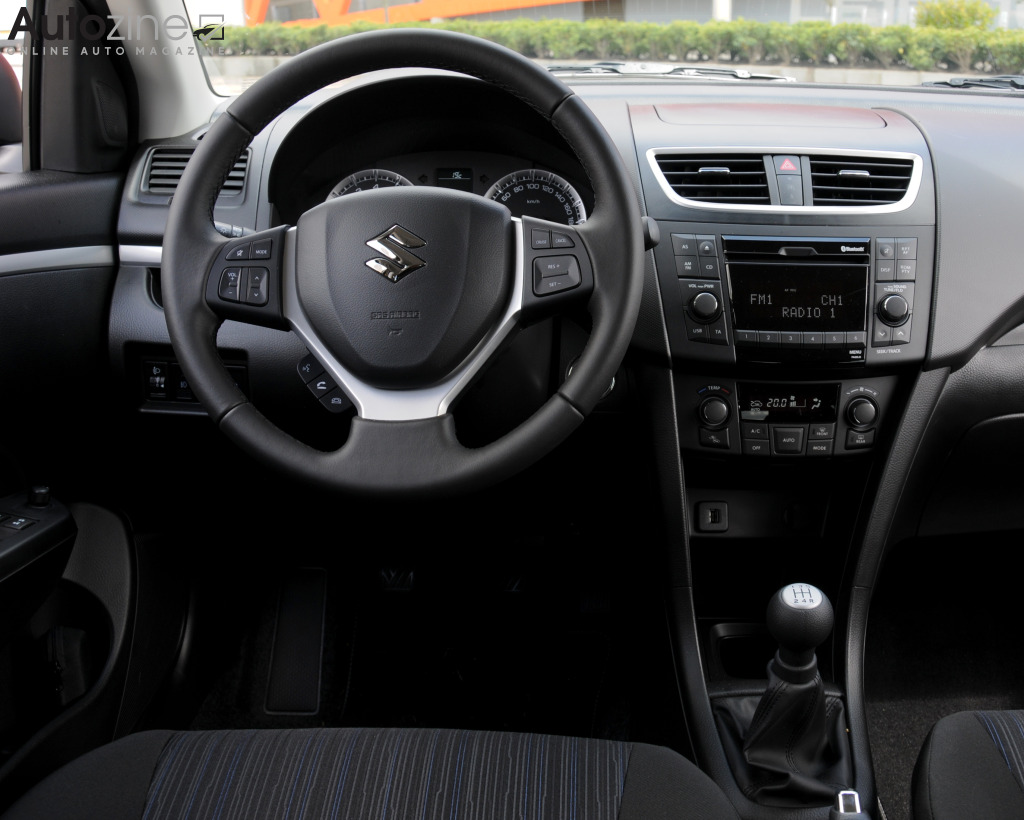 Suzuki Swift (2010 - 2017) Interieur
