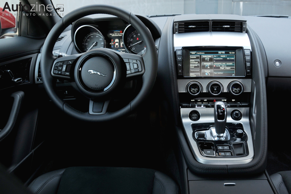 Jaguar F-TYPE Coupe Interieur