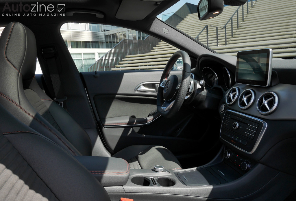 Mercedes-Benz CLA Shooting Brake Interieur doorkijk
