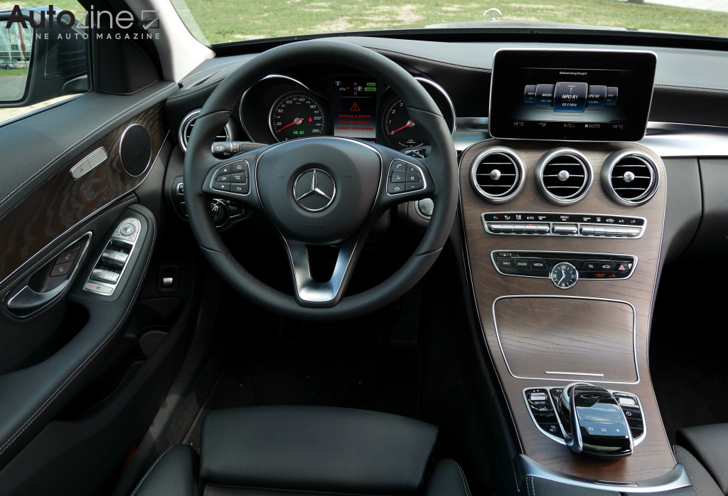 Mercedes-Benz C350e Interieur