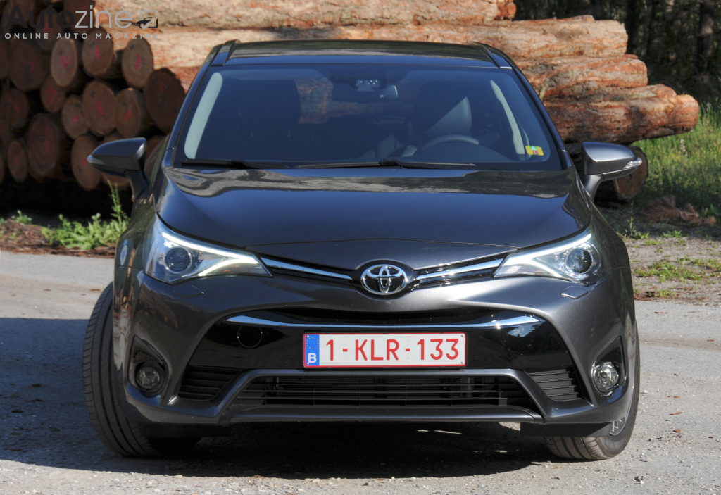 Toyota Avensis Touring Sports Recht voor