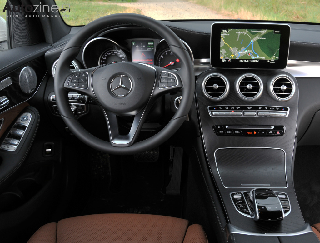 Autozine foto 39 s mercedes benz glc 350e 7 8 for Mercedes benz 350e