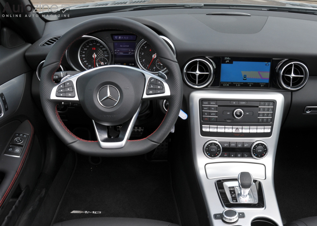 Mercedes-Benz SLC Interieur