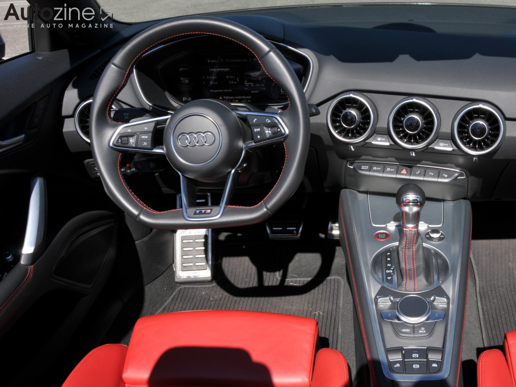 Audi TTS Roadster Interieur