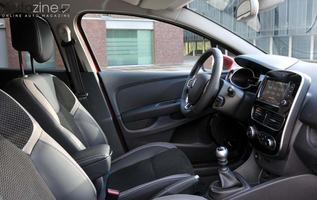 Autozine - Foto\'s: Renault Clio Estate (5 / 9)