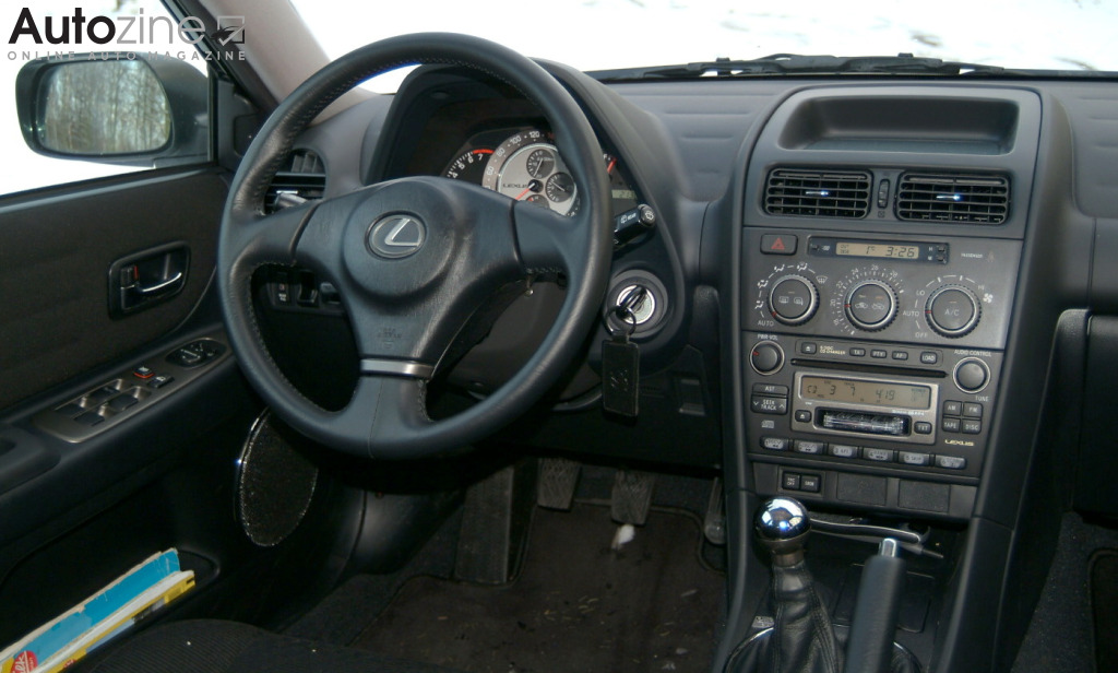 Lexus IS SportCross Interieur