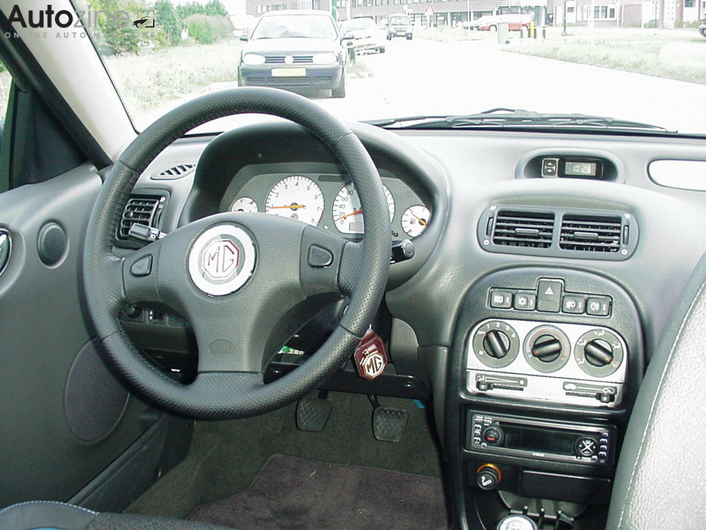 MG ZR Interieur