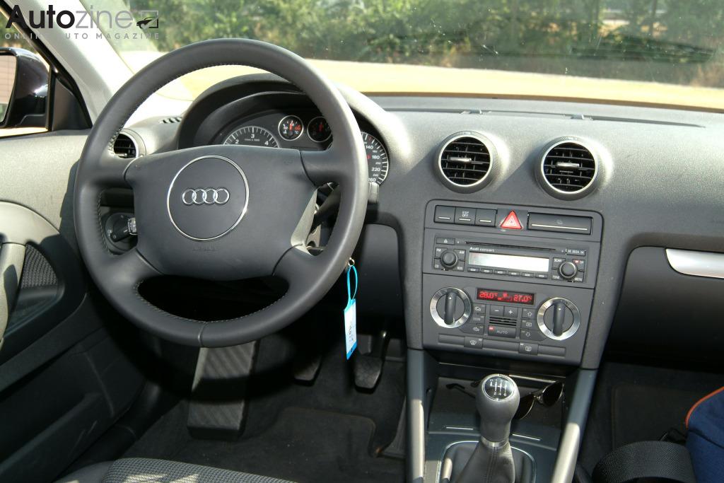 Autozine foto 39 s audi a3 2003 2012 5 6 for Audi a3 onderdelen interieur