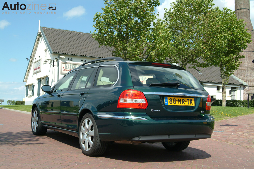 Jaguar X-TYPE Estate Kalkovens driekwart achter