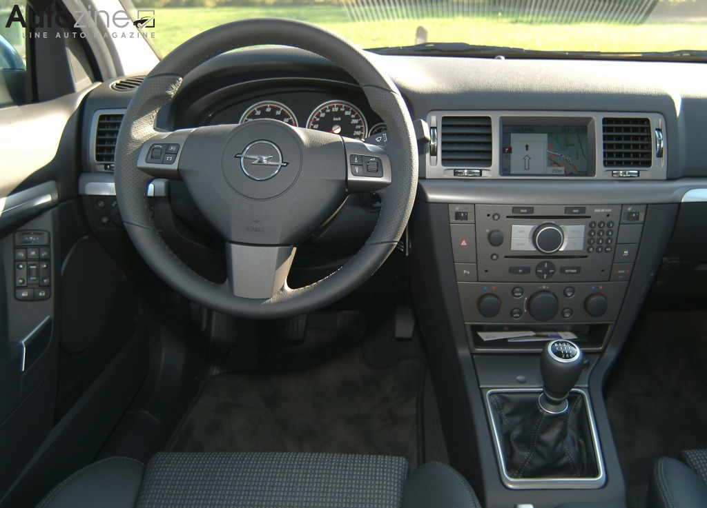 opel vectra gts interieur