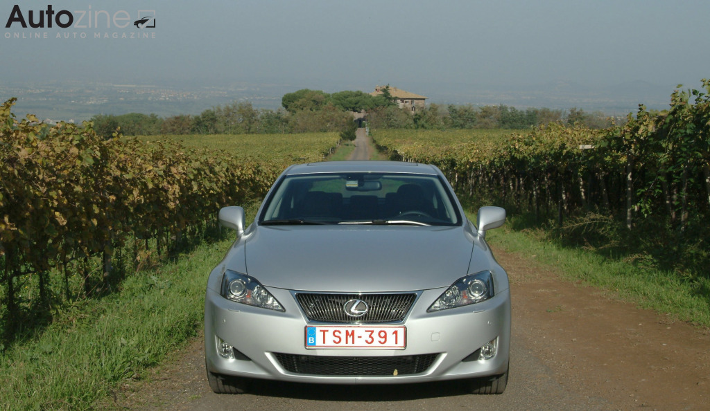 Lexus IS (2005 - 2013) IS220d_8.jpg