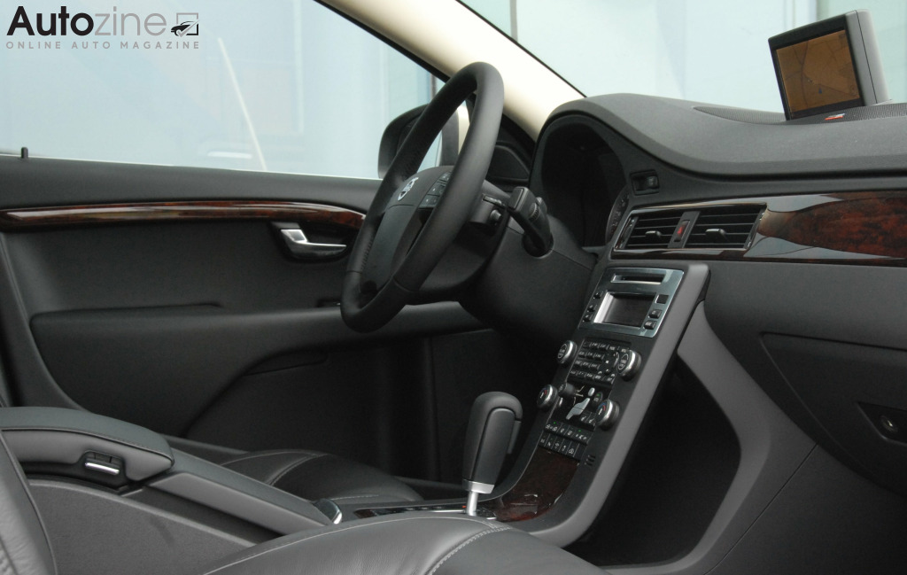 Volvo S80 Dashboard