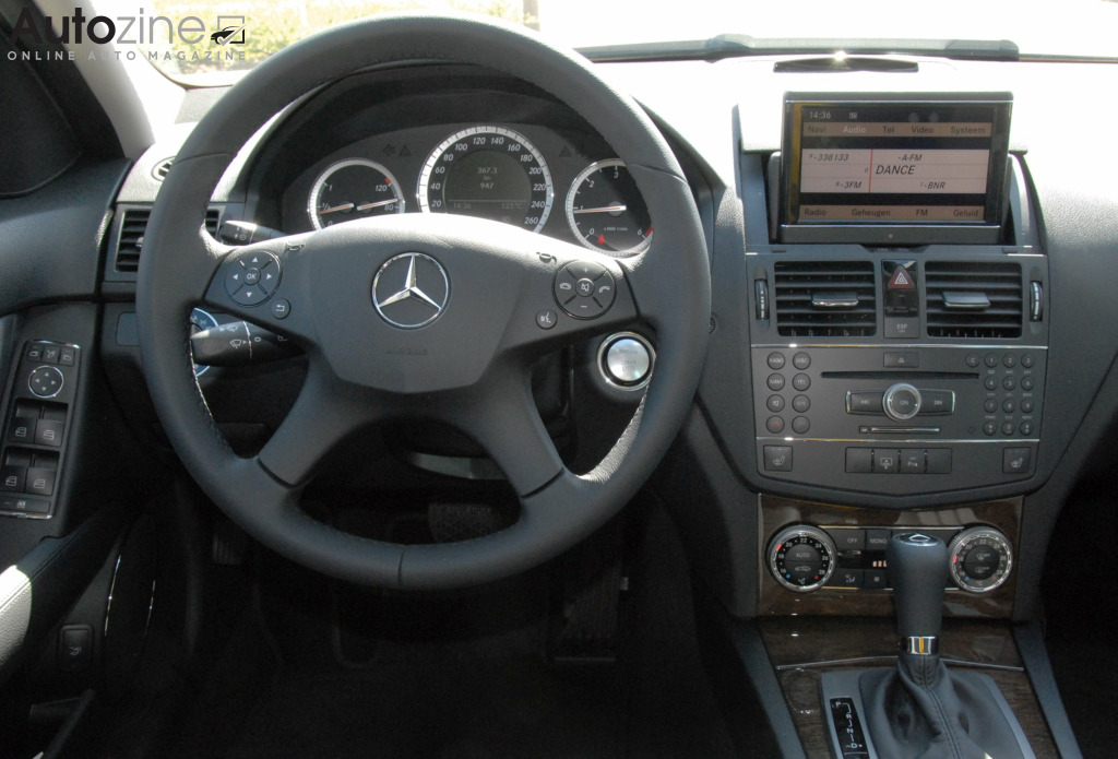 Mercedes-Benz C-Klasse (2007 - 2013) Interieur