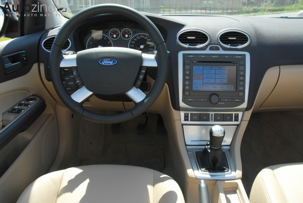 Ford Focus Coupe Cabriolet Interieur