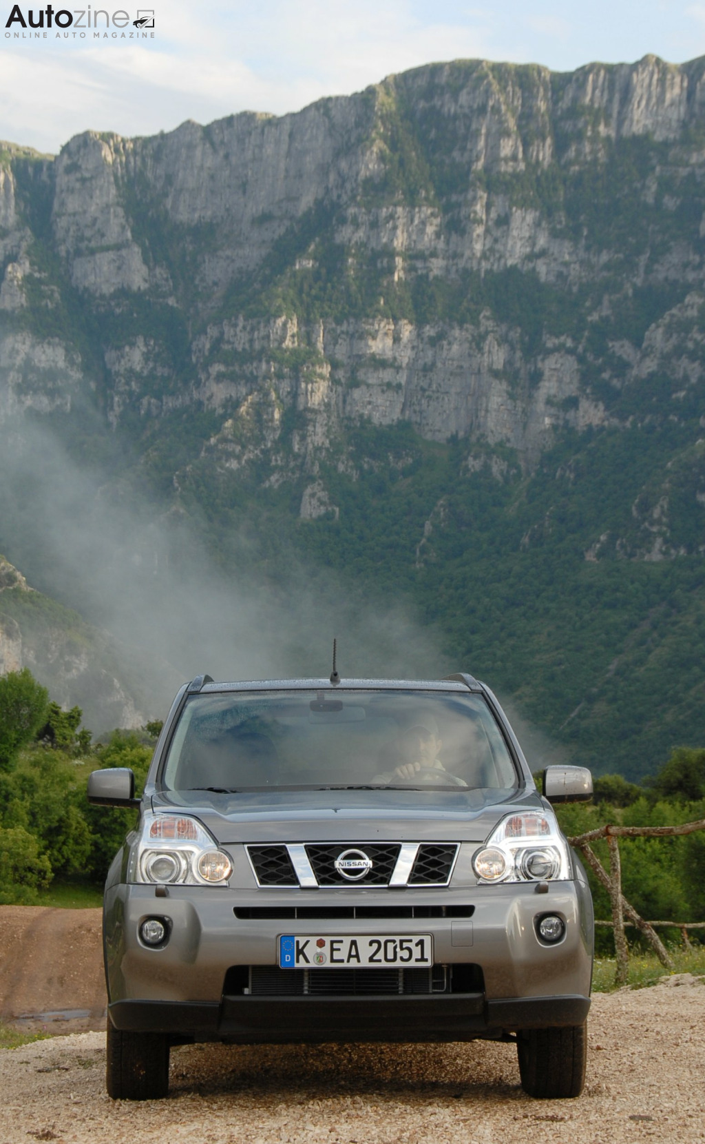Nissan X-Trail (2007 - 2014) Mountain Camp recht voor