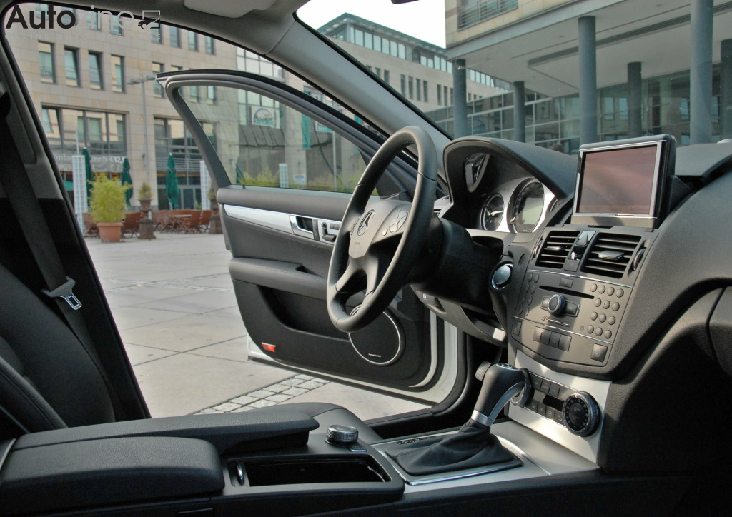 Mercedes-Benz C-Klasse Estate (2007 - 2014) Doorkijkje
