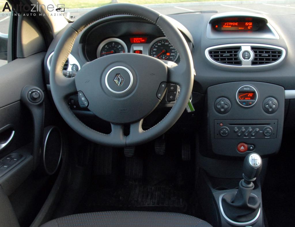 Autozine - Foto\'s: Renault Clio Estate (2008 - 2013) (8 / 9)