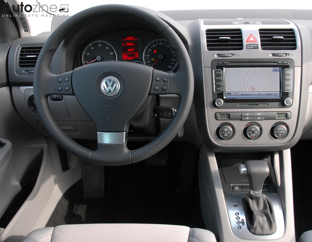autozine foto 39 s volkswagen golf v 8 9. Black Bedroom Furniture Sets. Home Design Ideas